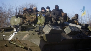 Ukrainian troops were seen withdrawing from the town of Debaltseve. Ukrainian President Petro Poroshenko denied claims that pro-Russian troops had them surrounded.