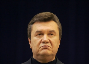 Abandoned by the EU, Yanukovych tried his luck with Russia and look what happened.