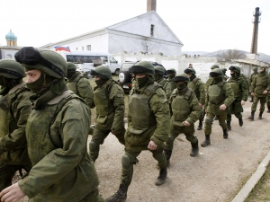 20,000 Russian troops remain in Russia, near Ukraine border